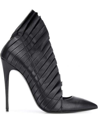 Черные туфли на шпильке Maison Ernest