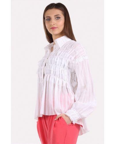 Блузка с рюшами белая Panove