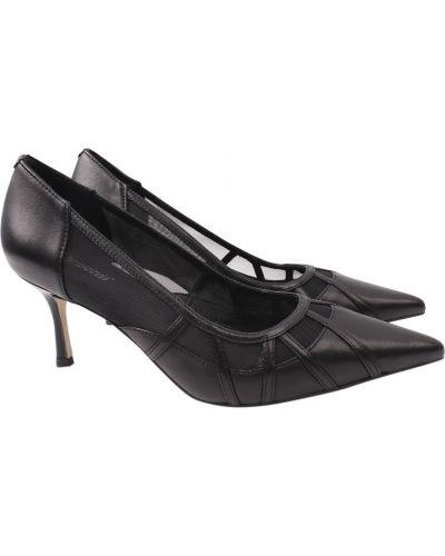 Кожаные туфли - черные Djovannia