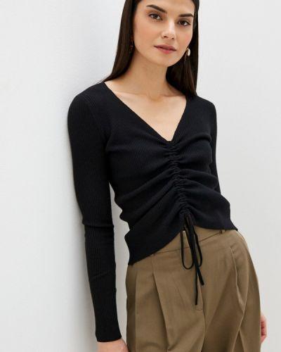 Черный пуловер B.style