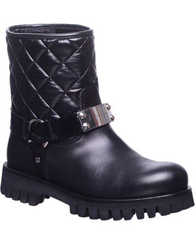 Кожаные ботинки осенние на каблуке Richmond