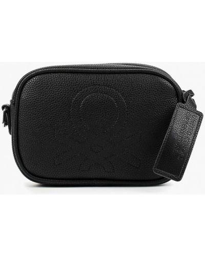 Кожаная сумка через плечо черная United Colors Of Benetton