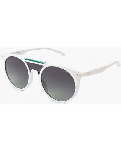 Белые солнцезащитные очки Polaroid