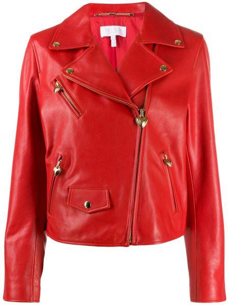 Красная кожаная короткая куртка байкерская Escada
