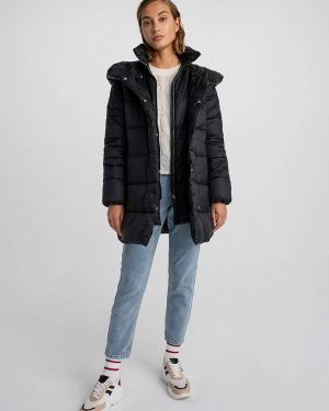 Теплая черная утепленная куртка Befree
