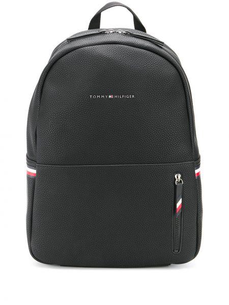 Рюкзак черный Tommy Hilfiger
