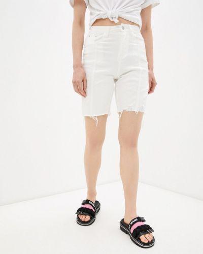 Белые джинсовые шорты Moki