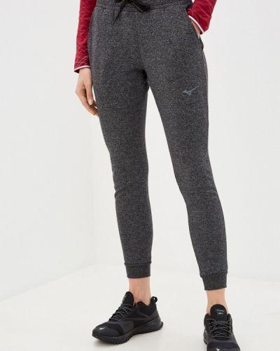 Серые спортивные брюки Mizuno