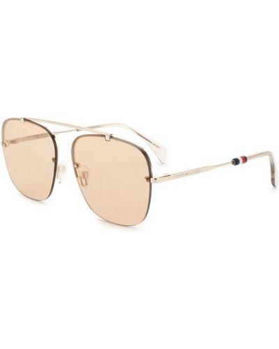 Коричневые солнцезащитные очки Tommy Hilfiger
