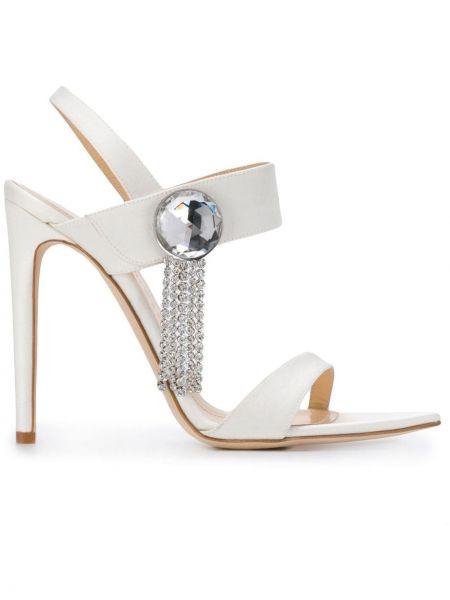 Кожаные белые открытые босоножки на каблуке Chloe Gosselin