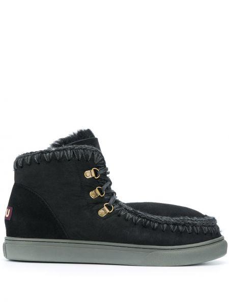 Черные кожаные ботинки на шнуровке Mou