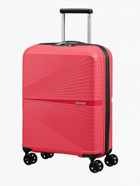 Розовый чемодан с американской проймой American Tourister