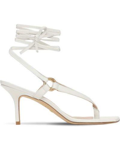Кожаные белые стринги на каблуке Stuart Weitzman