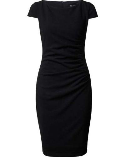 Czarna sukienka koktajlowa Paradi