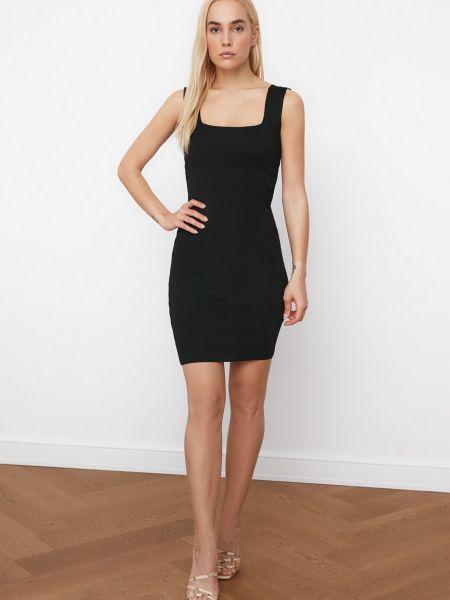 Трикотажное черное платье мини без рукавов Trendyol