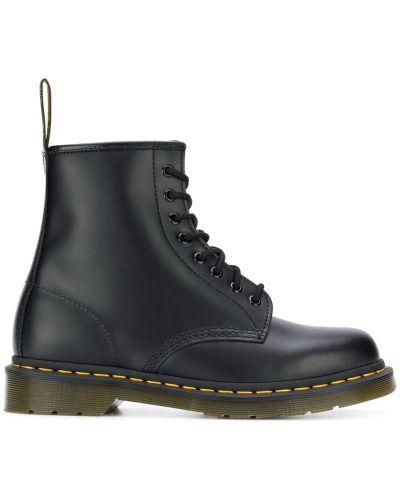 Ботинки на шнуровке классические черные Dr. Martens