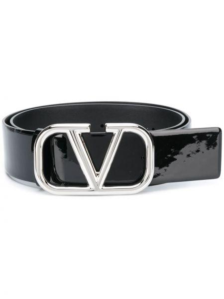 Лаковый кожаный черный ремень с пряжкой Valentino Garavani