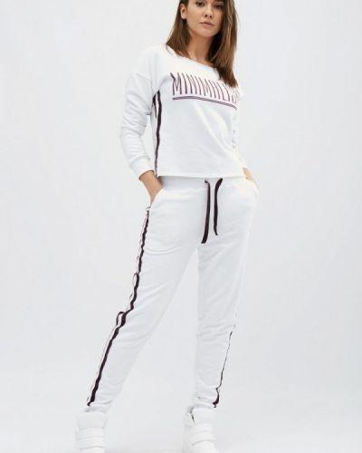 Костюмный белый спортивный костюм Carica&x-woyz