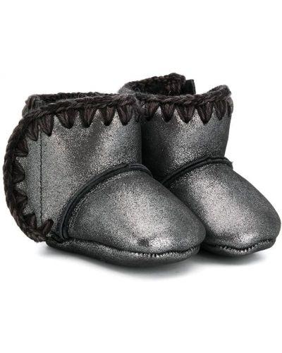 Черные зимние ботинки из овчины без застежки на плоской подошве Mou Kids