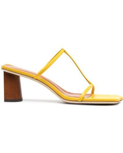 Желтые кожаные мюли на каблуке Rejina Pyo