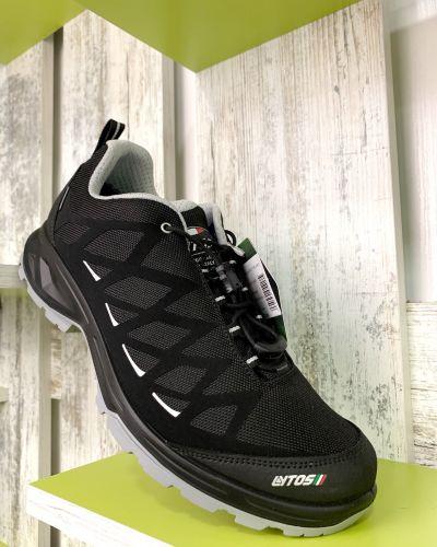 Трекинговые кроссовки - черные Lytos