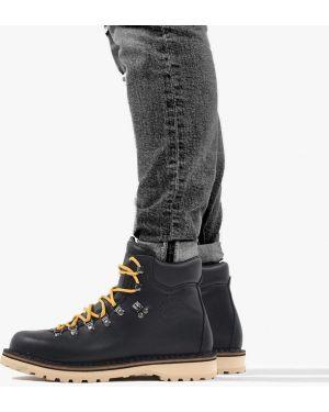 Черные кроссовки Diemme