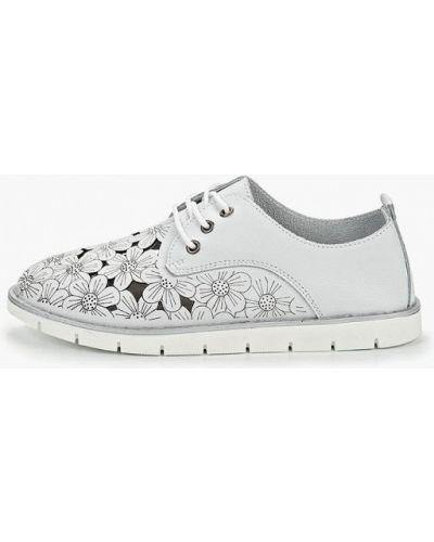 Кожаные ботинки низкие белые Baden