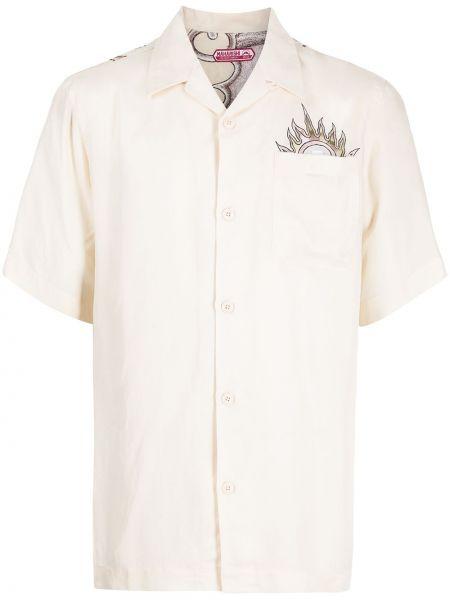 Белая рубашка с вышивкой Maharishi