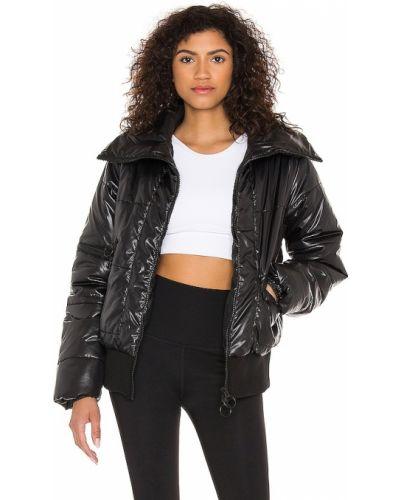 Черная спортивная куртка на молнии на резинке Koral