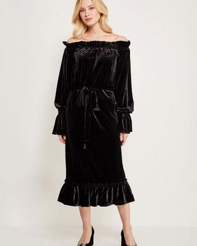 Черное платье с открытыми плечами Èssmy