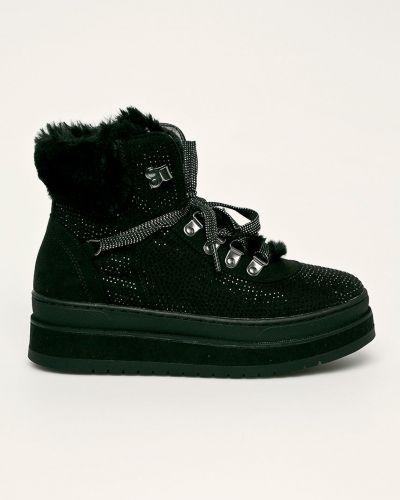 Теплые черные текстильные зимние ботинки S.oliver