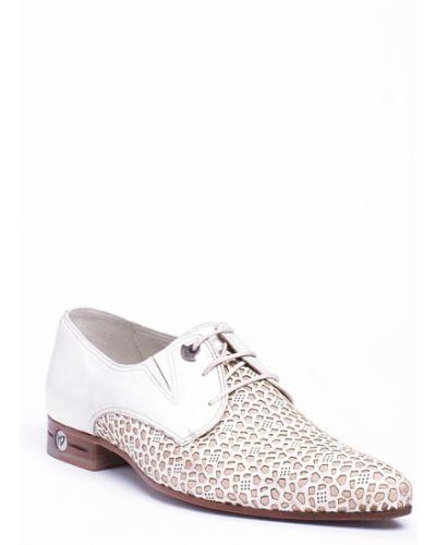 Бежевые туфли Giampiero Nicola