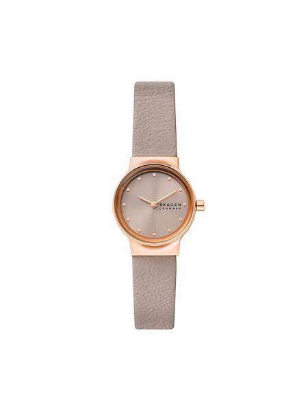 Beżowy zegarek z siateczką Skagen