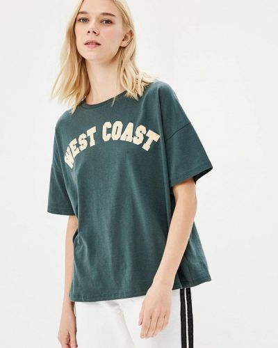 Зеленая футболка твое