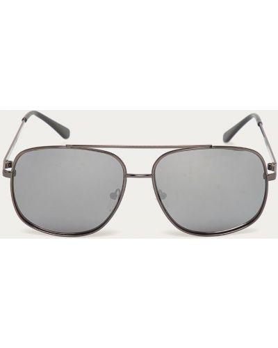 Czarne okulary Guess