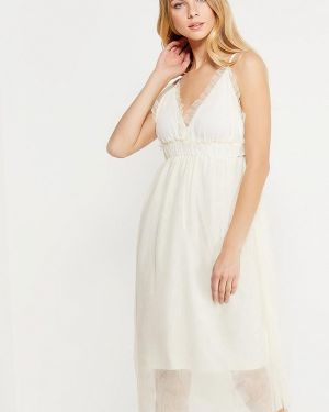 Бежевое платье осеннее Danity