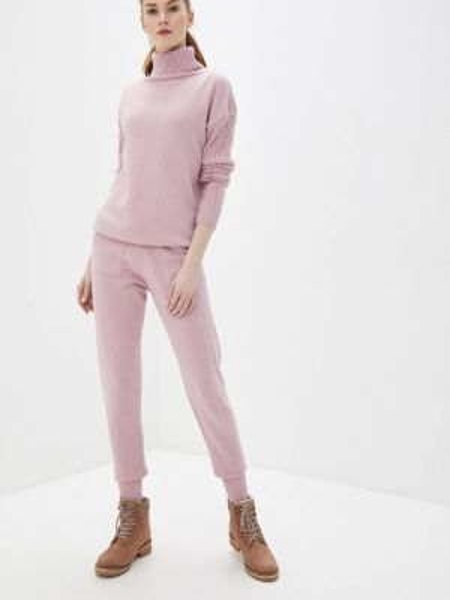 Костюм - розовый Liana