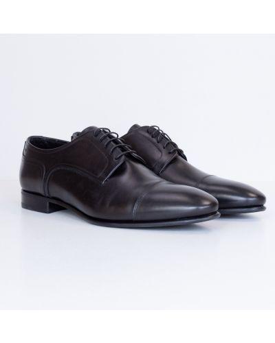 Кожаные туфли - черные Fabi