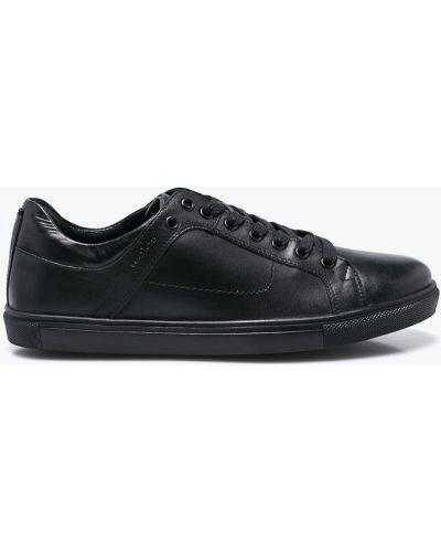 Кожаные туфли на шнуровке черные Wojas