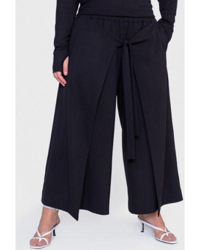 Расклешенные черные брюки W&b
