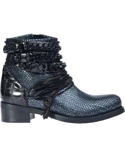 Ботинки на каблуке осенние кожаные Mimmu
