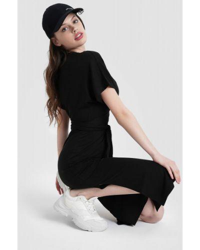 Черное платье миди с запахом с короткими рукавами Ostin