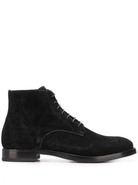 Кожаные черные кожаные ботинки на шнуровке на каблуке Silvano Sassetti