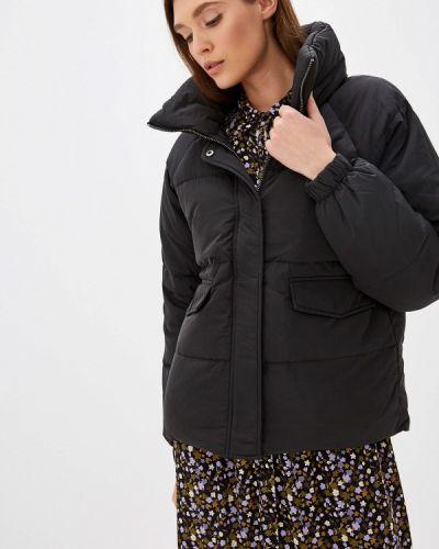 Утепленная куртка демисезонная черная Ichi
