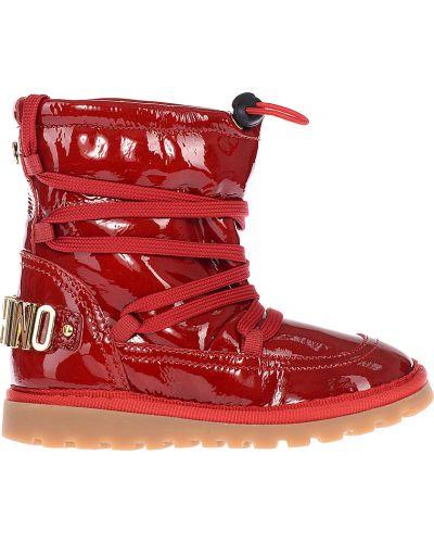 Красные сапоги лаковые Moschino