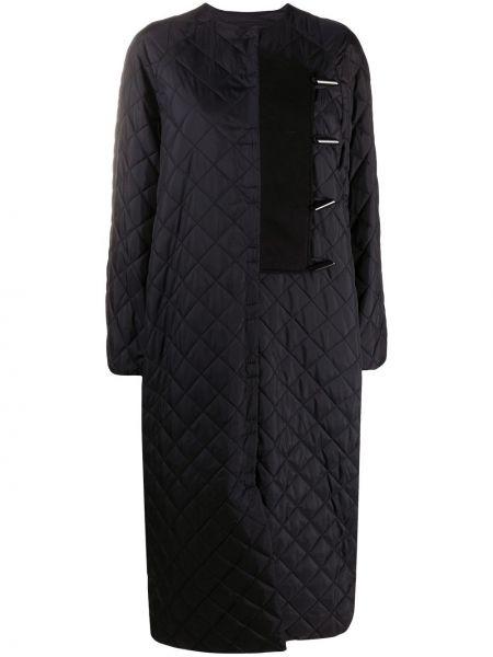 Черное стеганое длинное пальто с вырезом Ganni