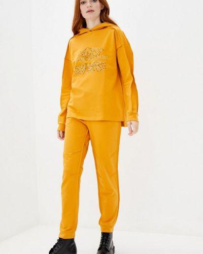 Костюмный желтый спортивный костюм Ricamare