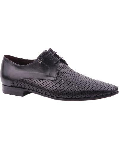 Черные туфли Valentino
