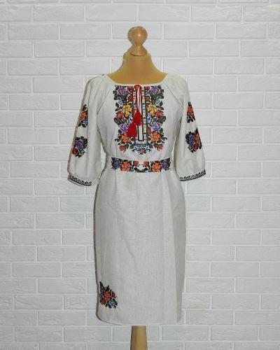Платье с вышивкой Novakoza