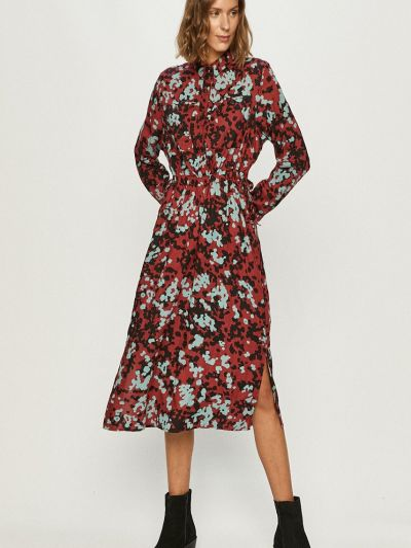 Платье Lee